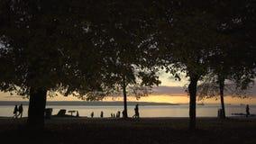 Stanley Park, englischer Bucht-Sonnenuntergang, Vancouver 4K UHD stock footage