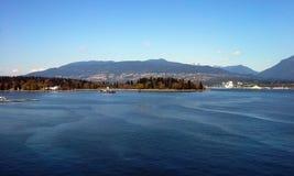Stanley Park och Vancouver hamn Royaltyfria Bilder