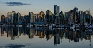 Stanley Park por la tarde, hermosa vista de Vancouver Imagen de archivo