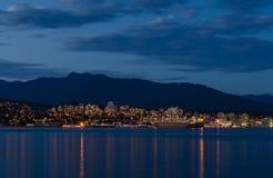 Stanley park w wieczór, Piękny widok Vancouver fotografia stock