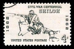 Stany Zjednoczone Ameryka odwoływał znaczek pocztowego pokazuje strzelec przy bitwą Shiloh zdjęcie stock