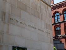 Stany Zjednoczone holokausta wejścia Pamiątkowy Muzealny znak na zewnątrz budynku zdjęcia stock