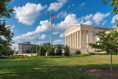 Stany Zjednoczone sądu najwyższy budynek przy letnim dniem w washington dc, usa zdjęcia stock