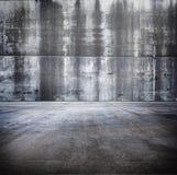 Stanza concreta Grungy enorme Fotografia Stock Libera da Diritti