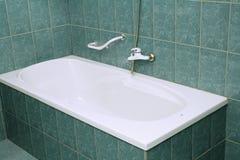 Stanza da bagno moderna con la vasca Fotografie Stock Libere da Diritti