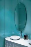 Stanza da bagno moderna di stile Immagine Stock
