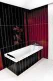 Stanza da bagno rossa e nera Fotografia Stock