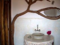 Stanza da bagno rustica   Fotografia Stock