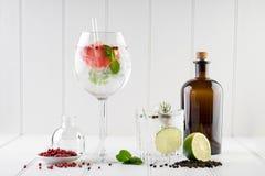 Stanza del fondo delle bevande delle bevande dei cocktail per testo Fotografia Stock