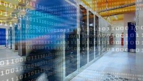 Stanza del server e codice binario video d archivio