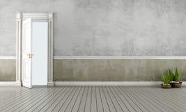 Stanza dell'annata con la porta aperta Fotografia Stock