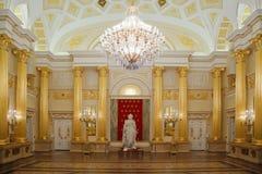 Stanza dell'oro con la statua del museo storico fotografia stock libera da diritti