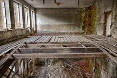 Stanza devastante abbandonata fotografia stock libera da diritti