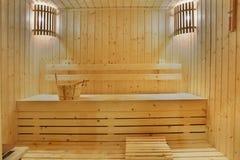 Stanza di legno di sauna fotografia stock libera da diritti