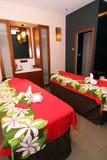 Stanza di massaggio della stazione termale per le coppie Immagini Stock Libere da Diritti