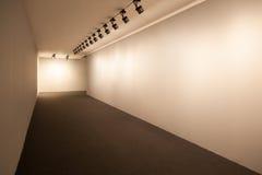 Stanza di mostra con le luci Immagini Stock