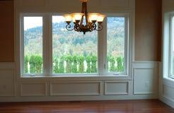 Stanza dinning della Camera di lusso con la vista Fotografia Stock