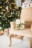 Stanza interna decorata nello stile di Natale Nessuna gente Un vuoto Immagine Stock