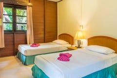 Stanza tailandese classica del letto gemellato Immagini Stock Libere da Diritti