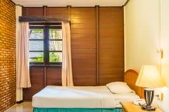 Stanza tailandese classica del letto gemellato Immagine Stock