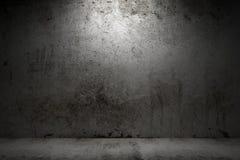 Stanza vuota con il muro di cemento del grunge immagine stock