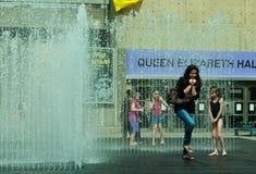 Stanze comparenti, scultura dell'acqua, la Banca del sud. Fotografie Stock