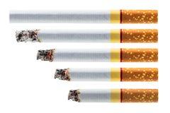 Stap van het branden van sigaret Stock Fotografie