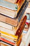 Stapel alte Bücher Stockbilder