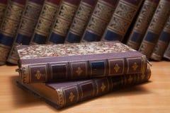 Stapel alte Bücher Lizenzfreies Stockfoto