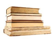 Stapel alte Bücher getrennt Lizenzfreie Stockbilder