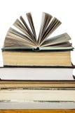 Stapel alte und neue Bücher Stockfotos