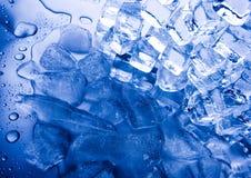 Stapel av iskuber   arkivfoto