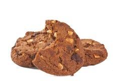Stapel av isolerade choklad kaka Arkivbild