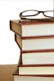Stapel Bücher lokalisiert lizenzfreies stockbild