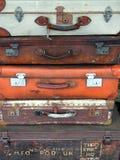 Stapel bagage en koffers stock foto