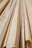 Stapel Bauholzholzbeschaffenheit lizenzfreie stockfotografie