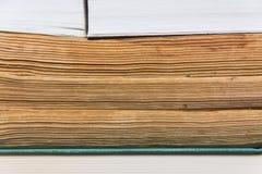 Stapel benutzte alte Bücher Lizenzfreies Stockfoto