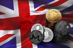 Stapel Bitcoin-muntstukken op Britse vlag Situatie van Bitcoin en andere cryptocurrencies in het UK Stock Foto
