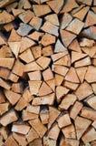 Stapel Brennholz stockfotos