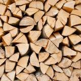 Stapel Brennholz lizenzfreie stockbilder