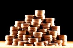 Stapel der alten goldenen Münzen Stockbild