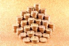 Stapel der alten goldenen Münzen Stockfoto