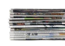 Stapel der alten Zeitungen Stockfoto