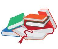 Stapel der Bücher und des geöffneten Buches Stockbild