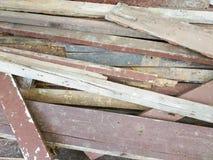 Stapel der benutzten Planke Stockbilder