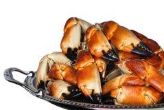 Stapel der frischen gekochten Krabbe kratzt auf einem Silbertablett Stockfotografie