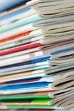 Stapel der frischen Zeitschriften Lizenzfreie Stockbilder