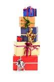 Stapel der Geschenkkästen verschiedener Farben Lizenzfreies Stockbild