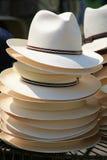 Stapel der Hüte stockbilder