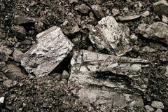 Stapel der Kohle auf Lager Stockfoto